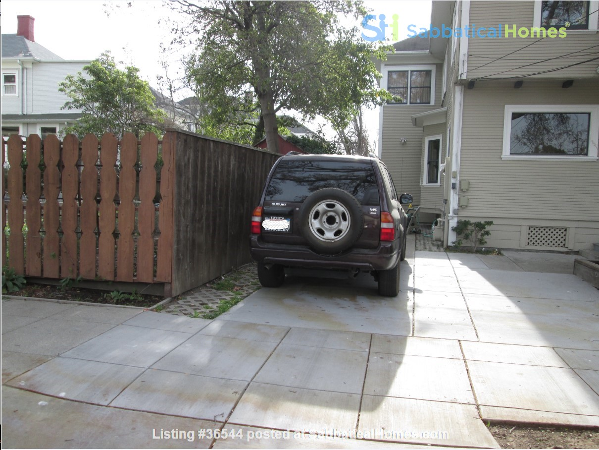 Two Storey, Furnished, 3 BR/2 BA House Near Everything! Home Rental in Berkeley, California, United States 1