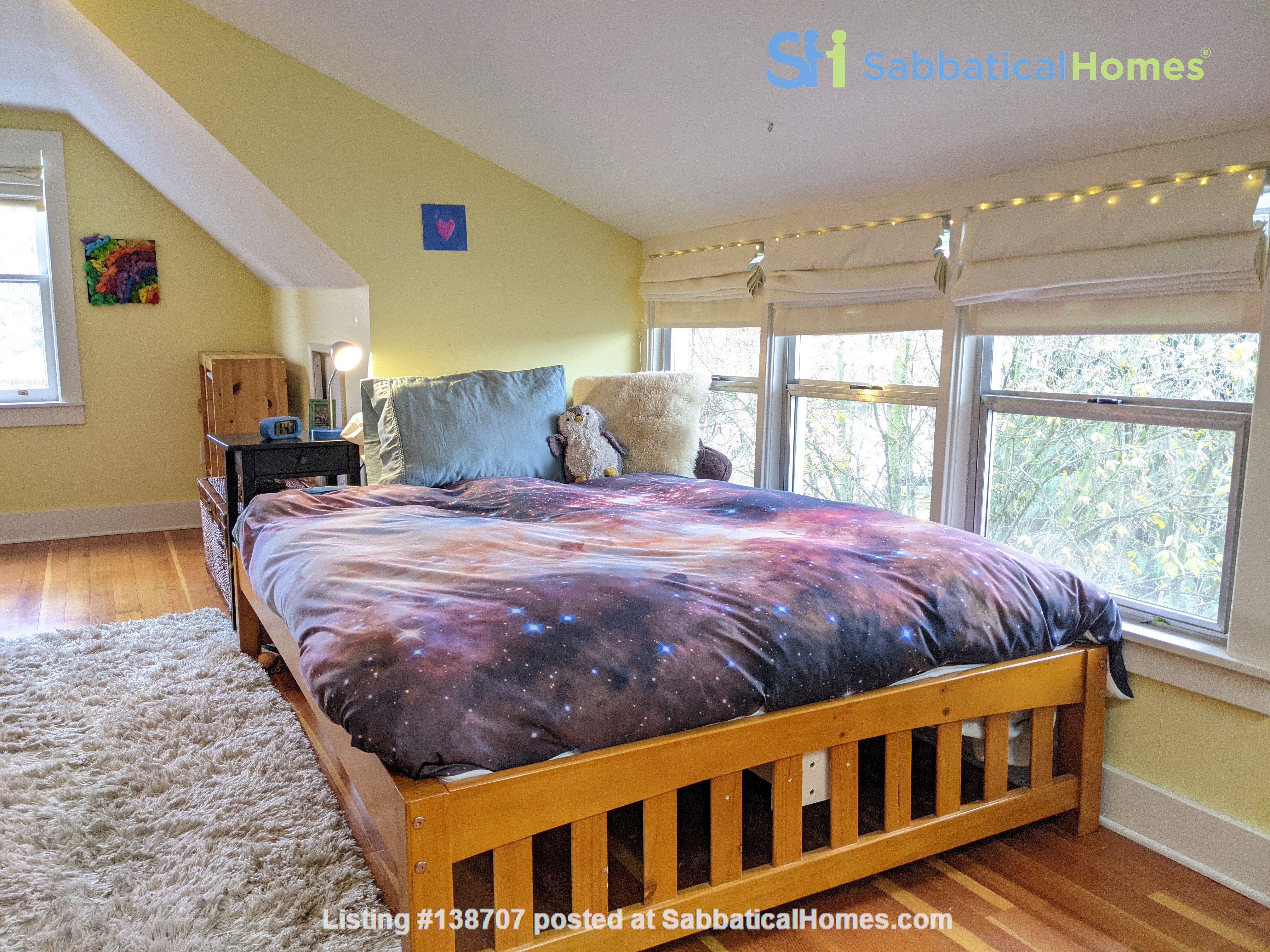 Furnished Portland Home in Vibrant Neighborhood Home Rental in Portland, Oregon, United States 9