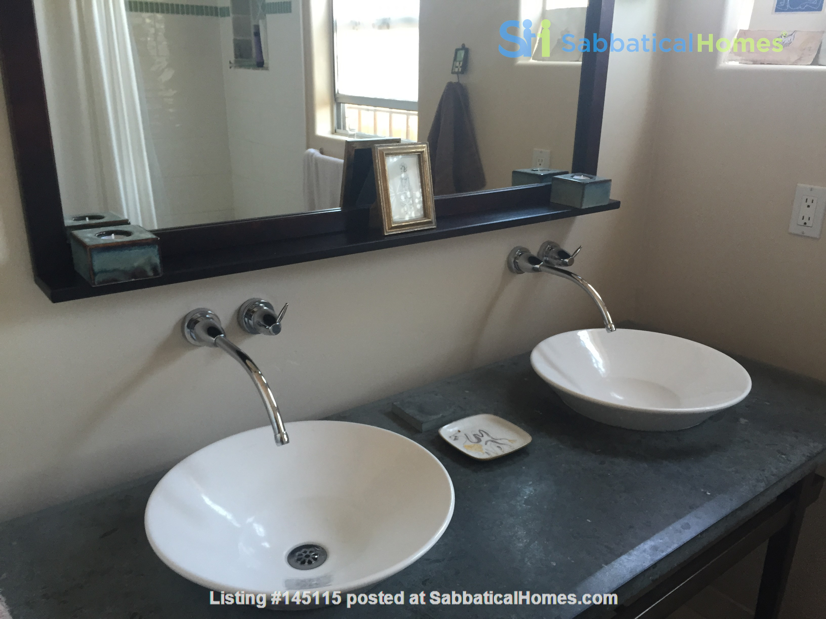 Quiet home for academic or visiting artist Home Rental in San Diego, California, United States 7
