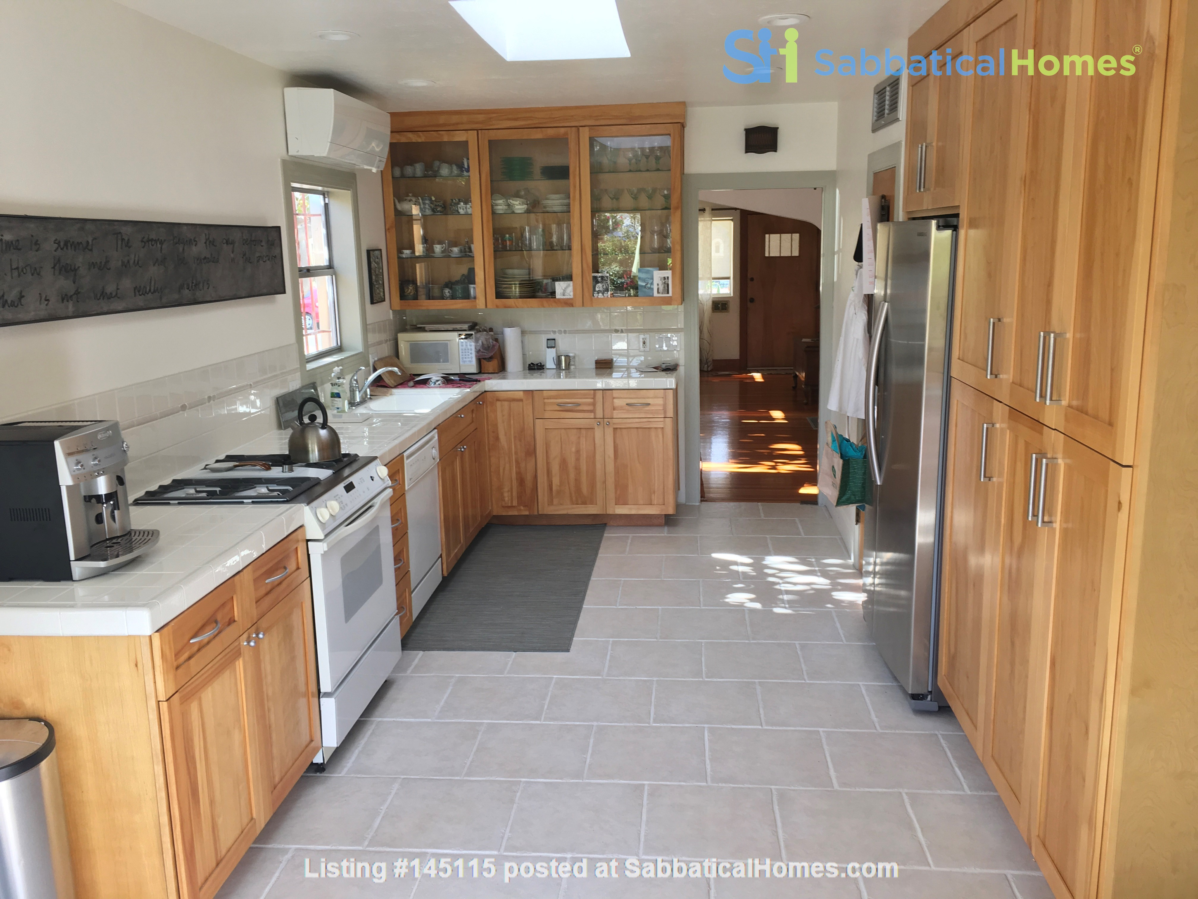 Quiet home for academic or visiting artist Home Rental in San Diego, California, United States 3