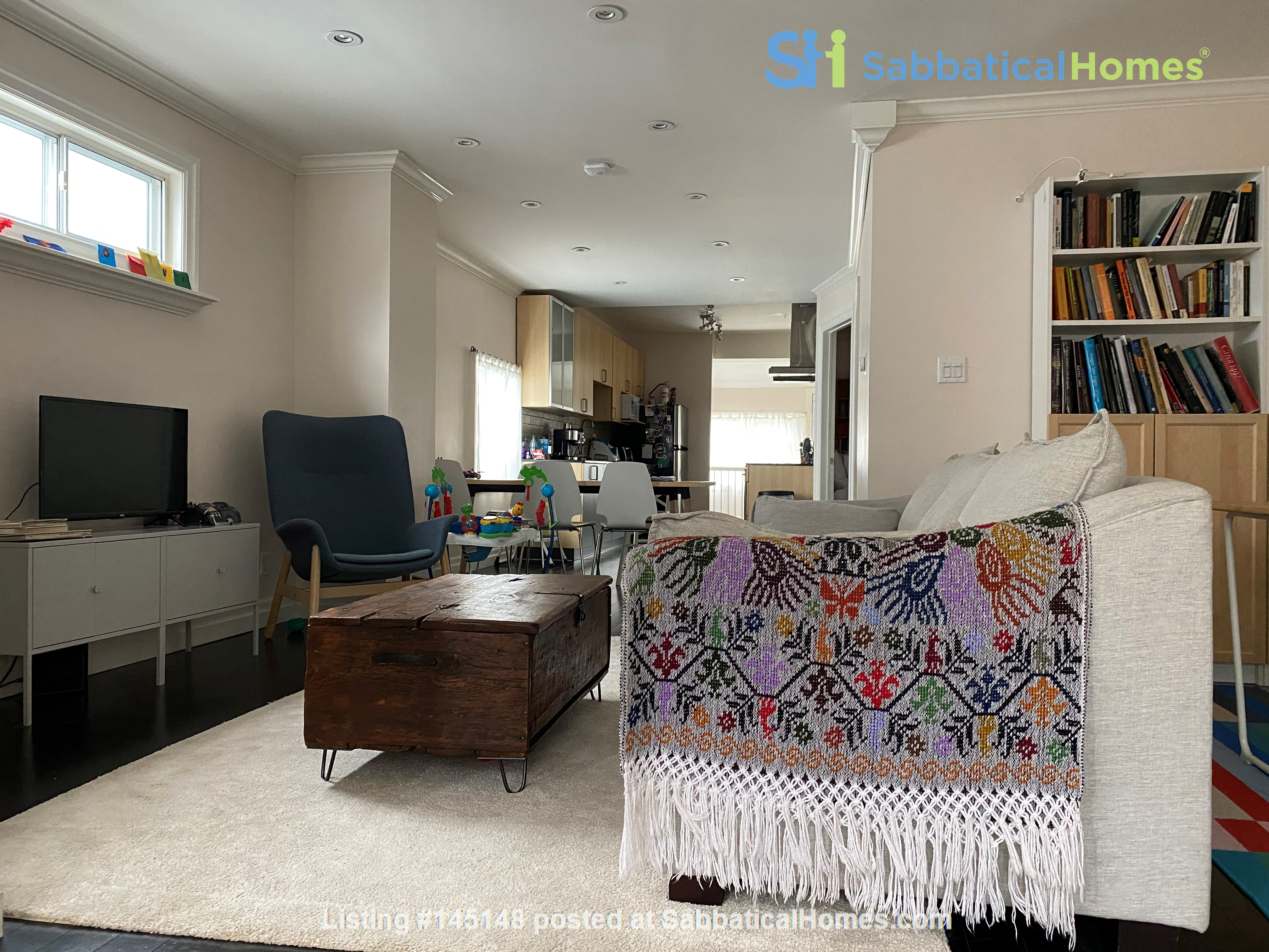 2-BR Renovated Bungalow: Perfect for a family with young kids! Home Rental in Toronto, Ontario, Canada 0