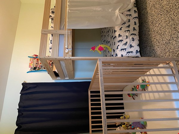 2-BR Renovated Bungalow: Perfect for a family with young kids! Home Rental in Toronto 4 - thumbnail